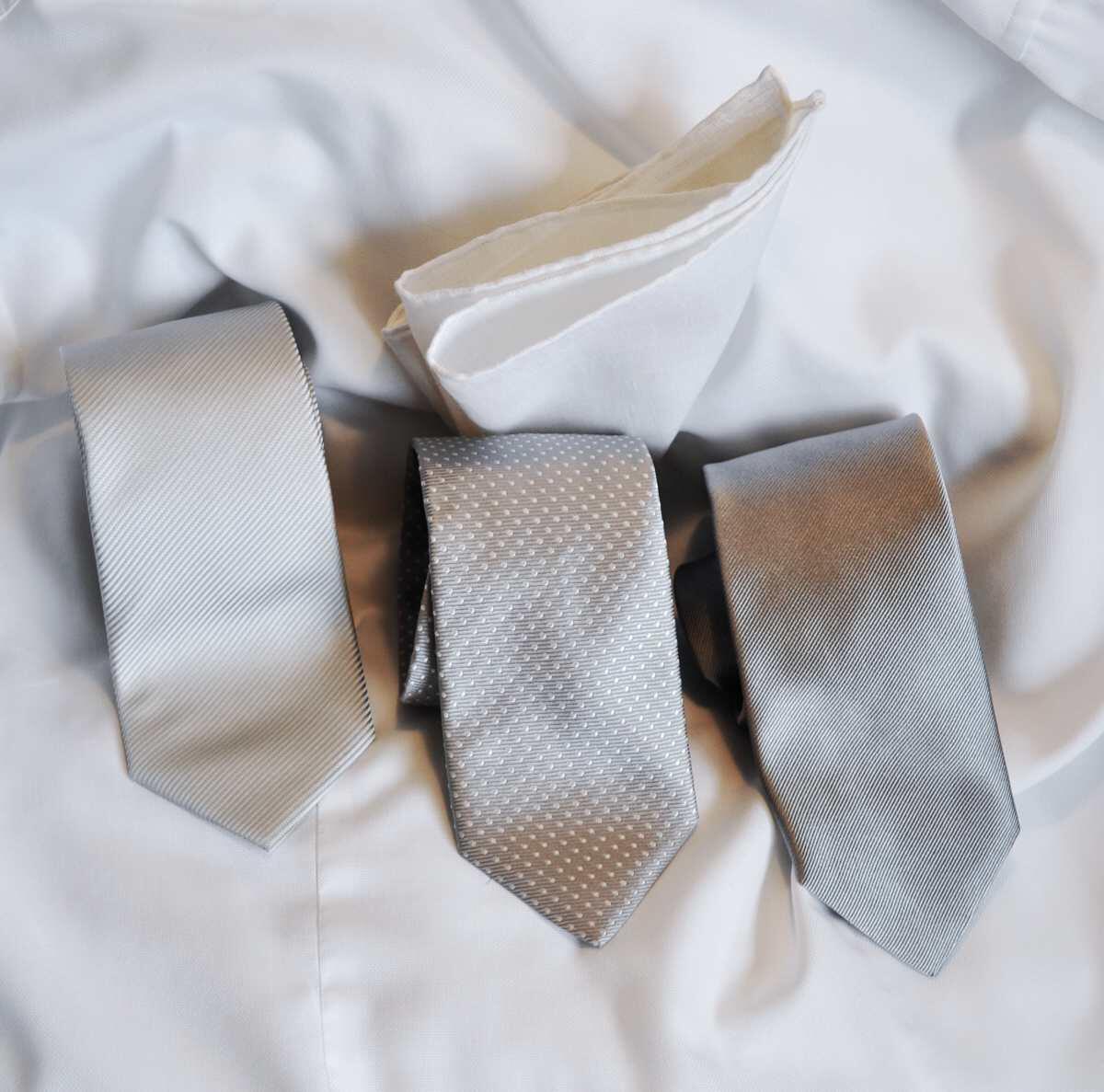 Juhlaan sopivat solmiot