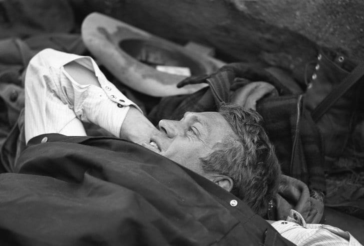 McQueen viihtyi ulkoilmassa ja piti erämaata toisena kotinaan. Kuva: LIFE magazine