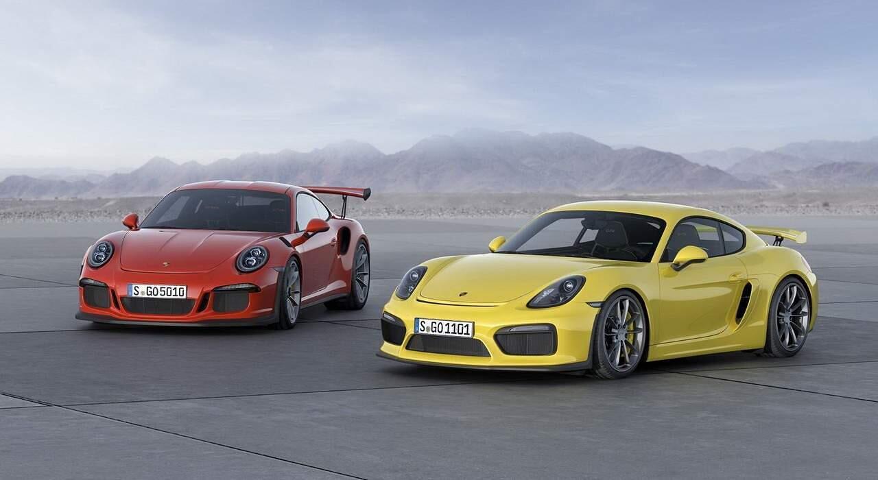 Porsche 911 GT3 RS ja Cayman GT4