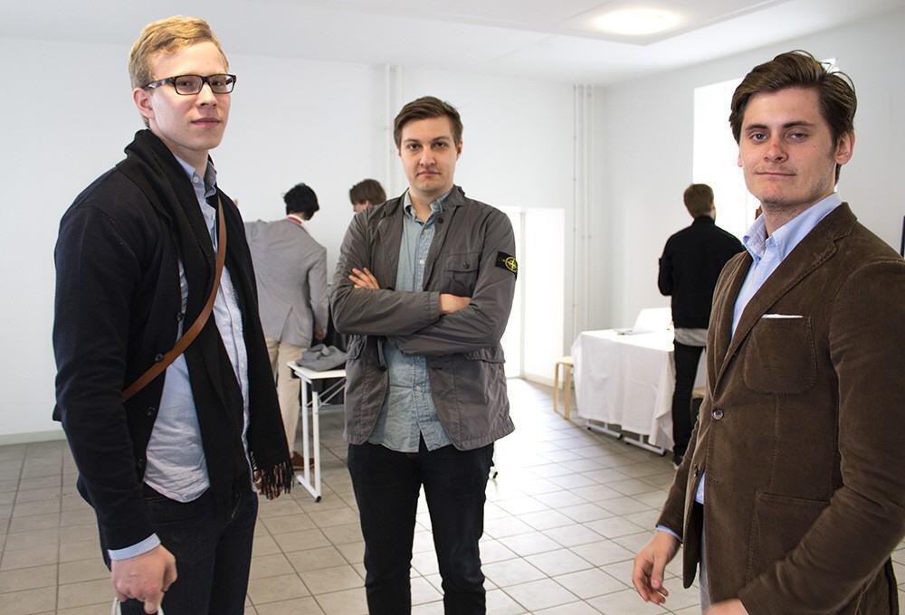 Paikalla olivat mm. CasuallySmart-bloggari (vas) ja Lean Garmentsin Lauri Euren (oik).