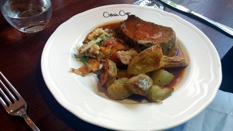 Rustiikkinen, mehevä leike on italialaista maalaisruokaa parhaimmillaan.