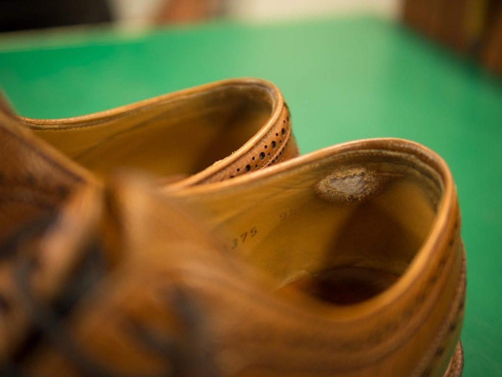Meerminin kengät kaipaavat suutarin apua