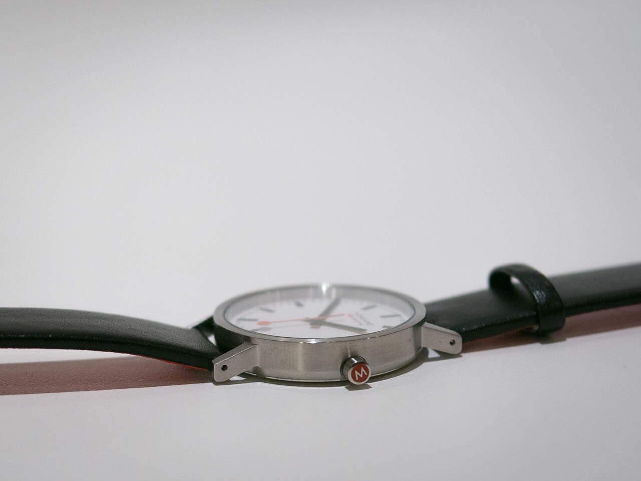 12-15-Mondaine-watch-8