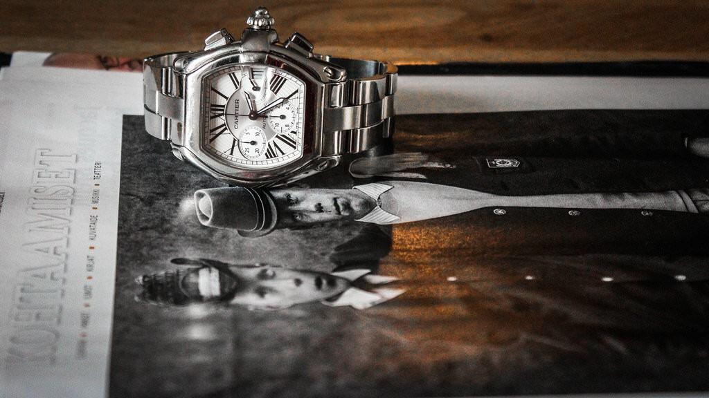 Cartier Roadsterin muotokieli joko puhuttelee, tai sitten ei.