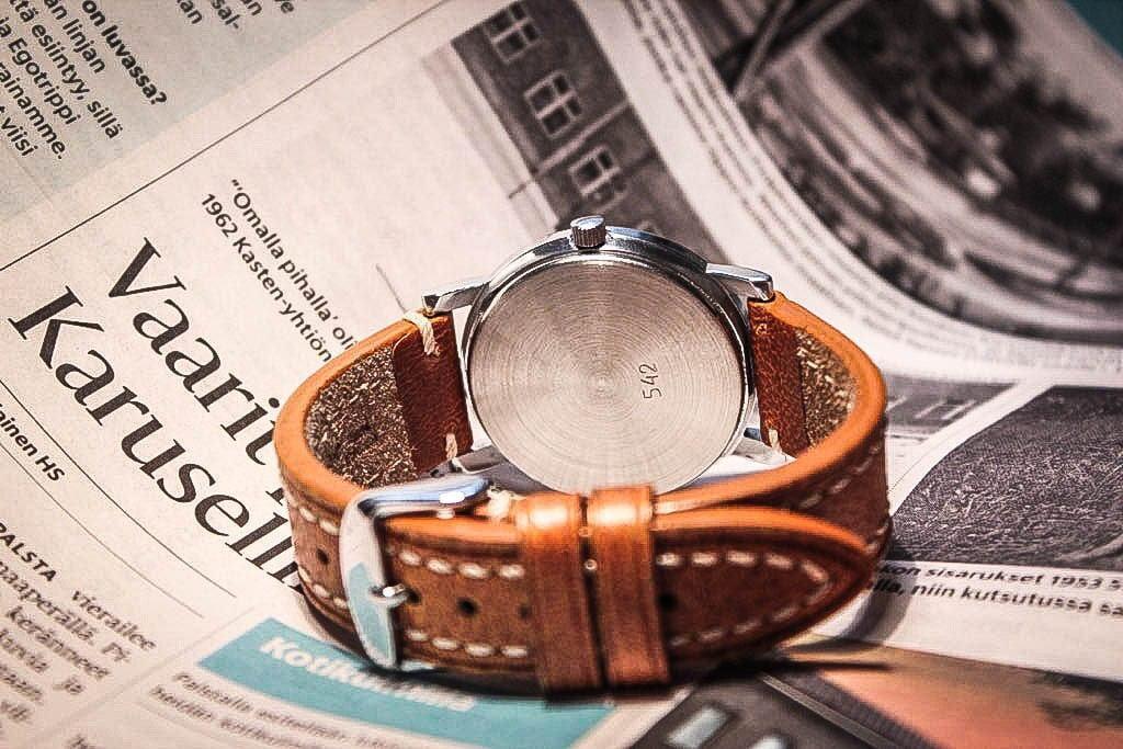 Kunnolinen nahkaranneke nostaa kellon ulkonäköä merkittävästi.