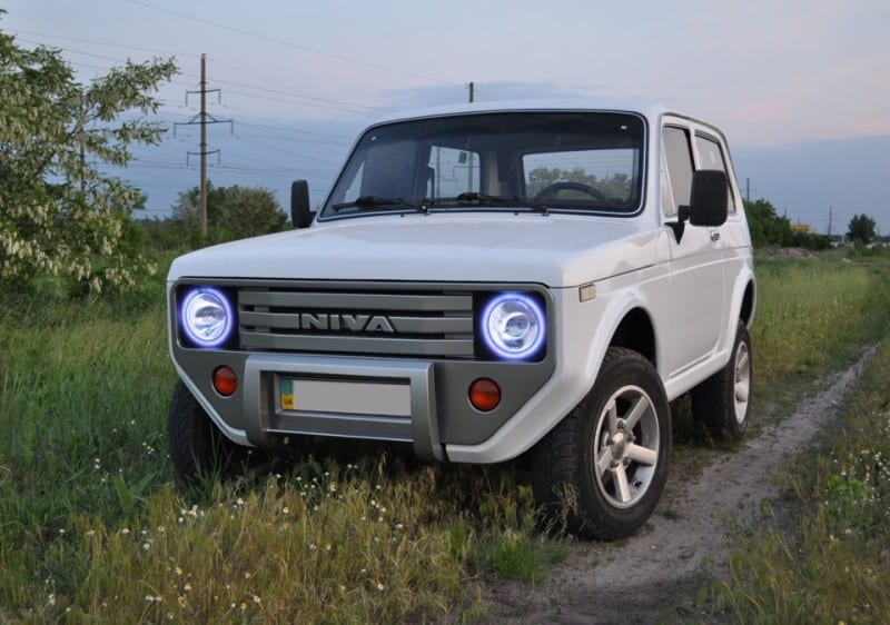 Lada Niva / Ford Bronco