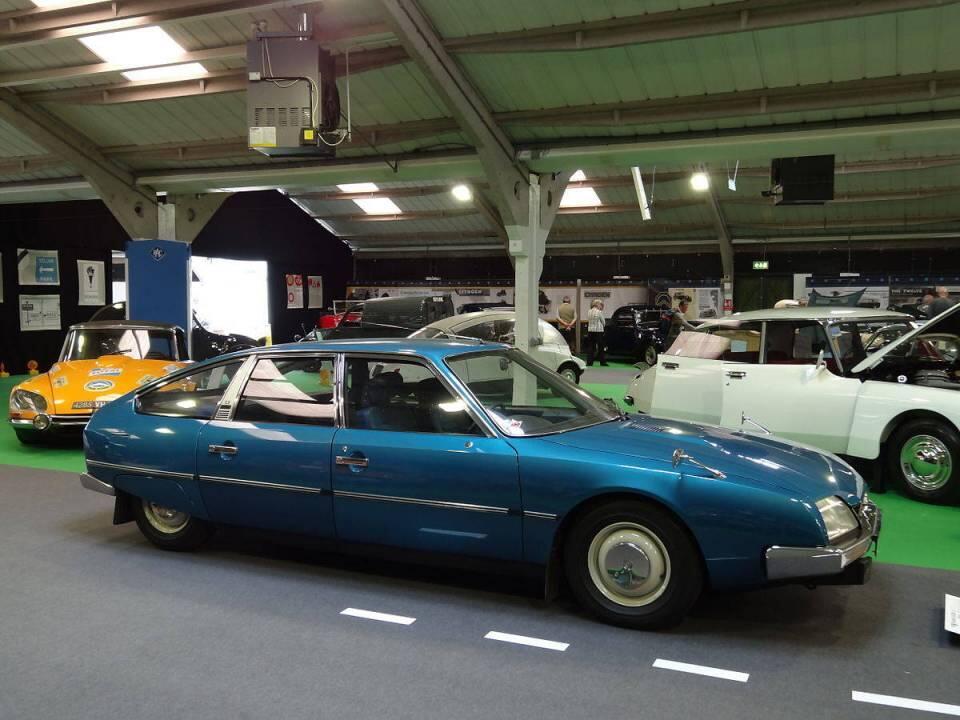 Citroen CX esiteltiin vuonna 1974. Auto korvasi sekä DS että SM mallit. KUVA: Wikimedia commons