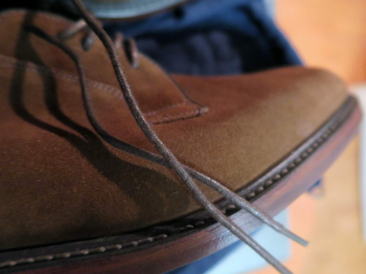 Loake Perth Brown Suede kärki
