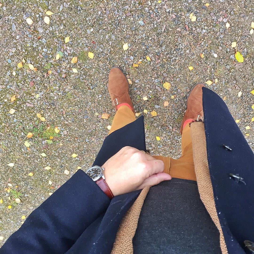 Nahkapohjaiset kengät ovat vaihtuneet puolipohjattuihin ja piakkoin myös varrellisiin.