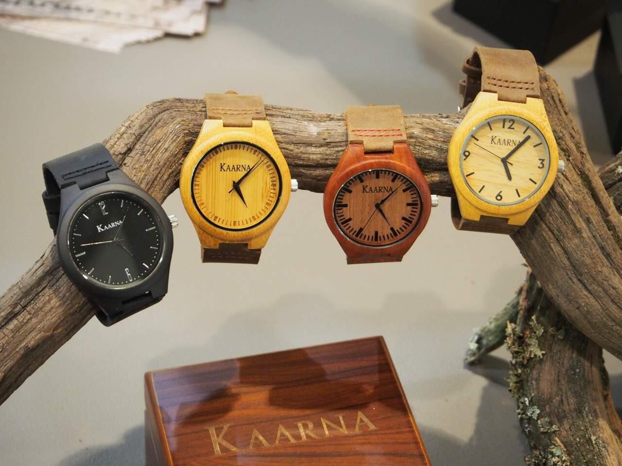 Luonnonmateriaalit ovat Kaarnan puisten kellojen keveyden salaisuus