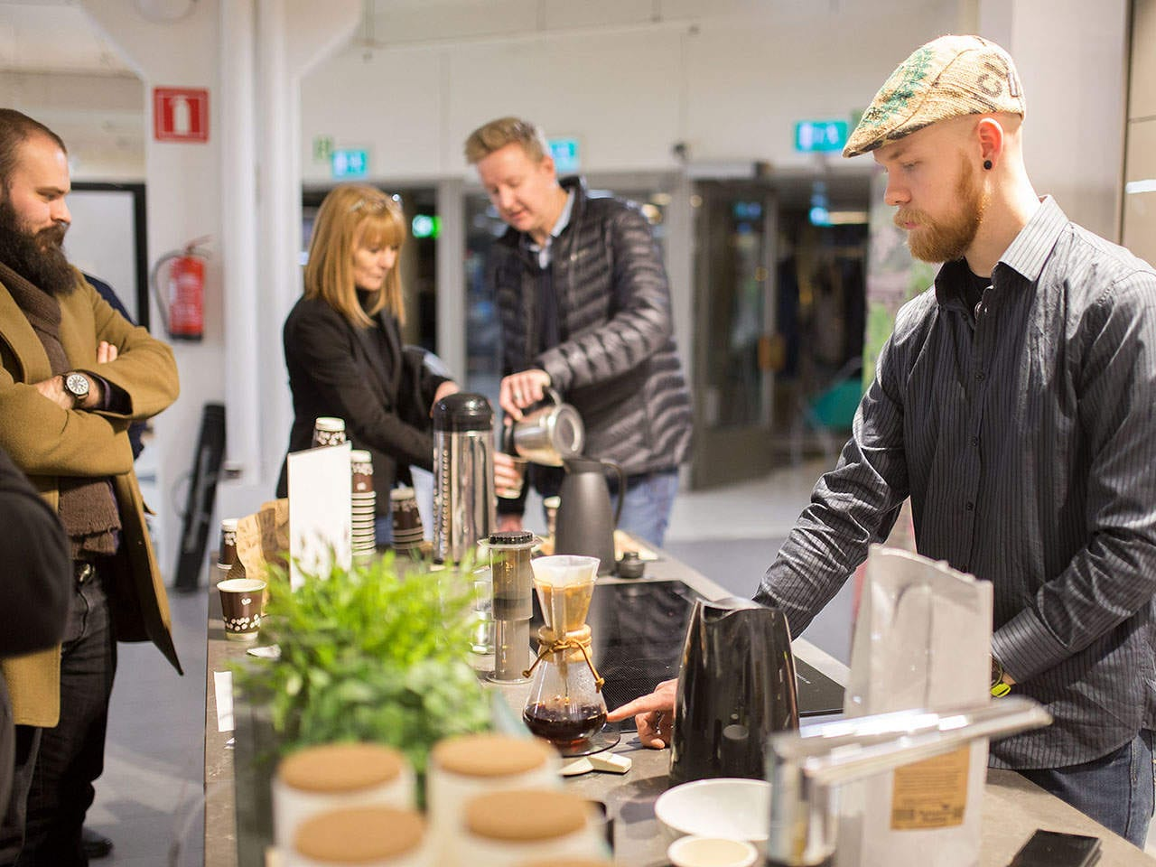 Aika tyylikäs kelloilta tarjosi myös hyvää kahvia Uuttaja-bloggari Juuson toimesta.