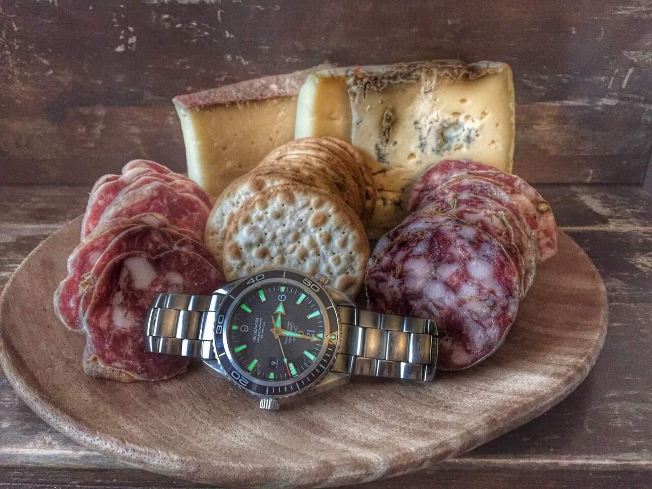 miika-manninen-kelloharrastaja-kellot-juustot