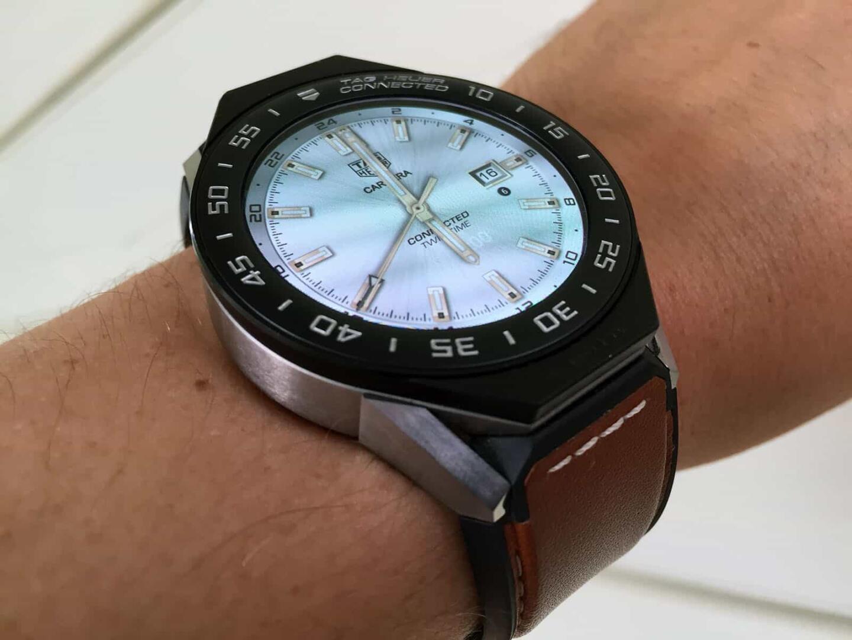 TAG Heuer Connected Modular 45:n ilme muuttuu nopeasti kellotaulujen avulla.