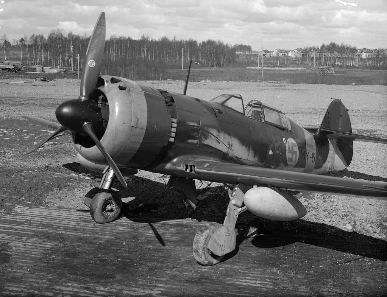 Valtion Lentokonetehtaan valmistama VL Myrsky II MY-5 vuonna 1944. Kuva: Valtion Lentokonetehtaan kokoelma / Suomen Ilmailumuseon kuva-arkisto