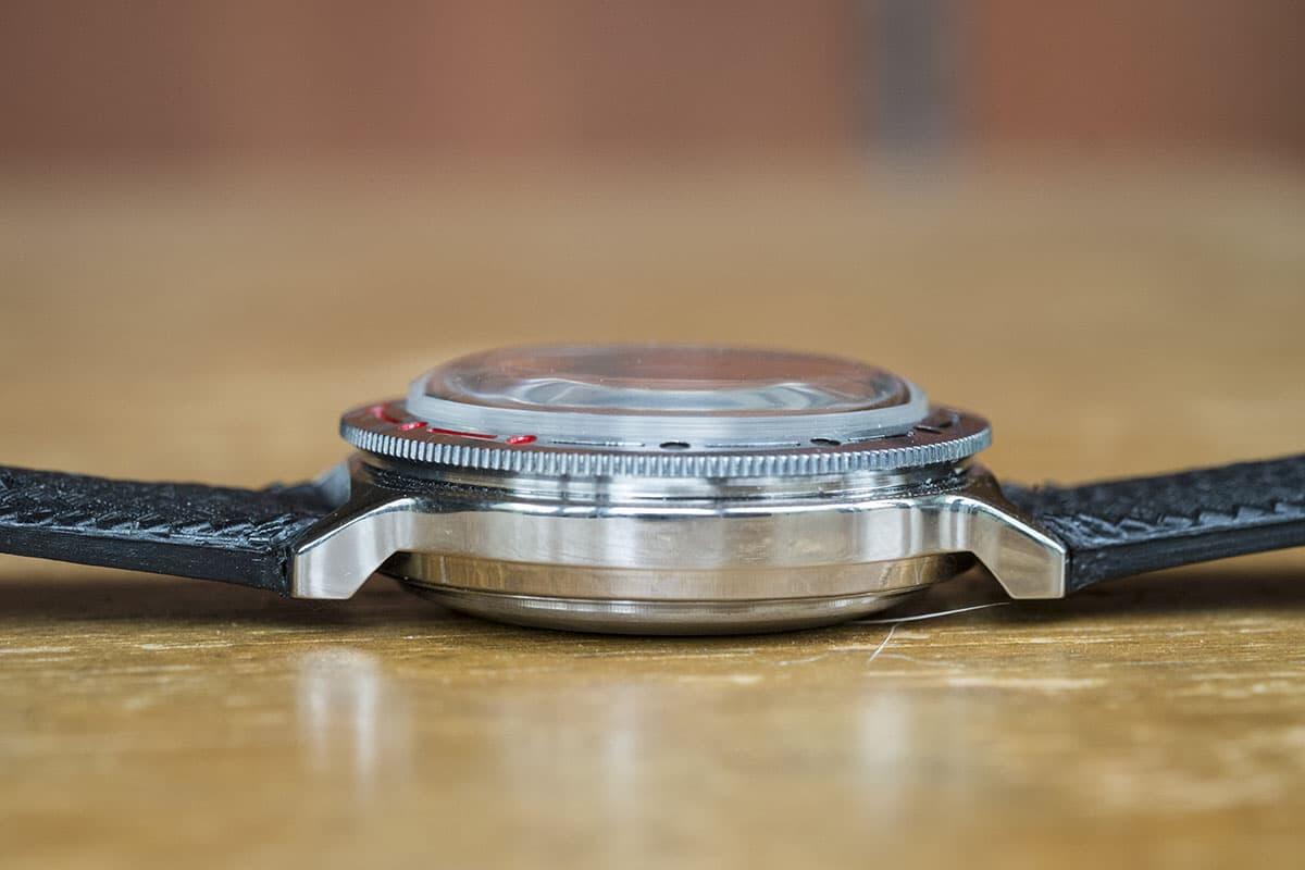 """Amfibian paksu pleksilasike toimii samalla periaatteella. Pleksin  joustavuus mahdollistaa sen """"venymisen"""" paineessa ja muotoutumisen  tiiviimmin kuorta ... efdfd420db"""