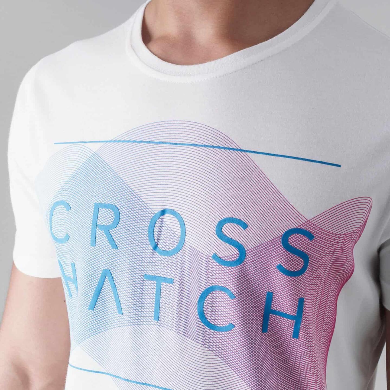 Waveform t-paidan näyttävä printti kuvastaa hyvin Crosshatchin urbaania tyyliä.