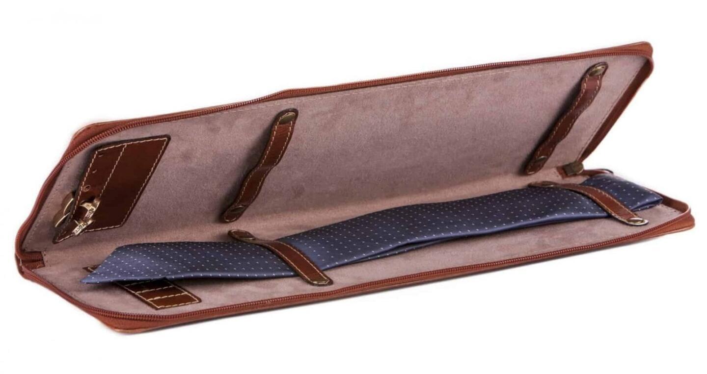 Balmuir Gregor -solmiolaukku, hinta 43 euroa