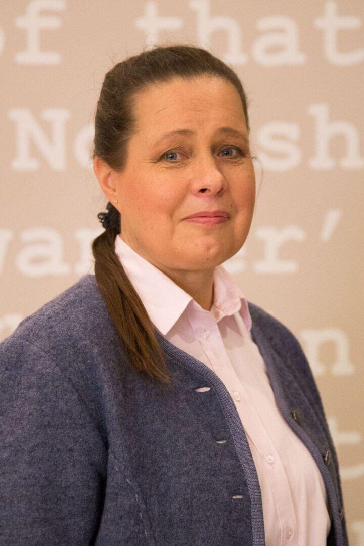 Anne Wadstein (os. Kallioniemi), Aseman Kello