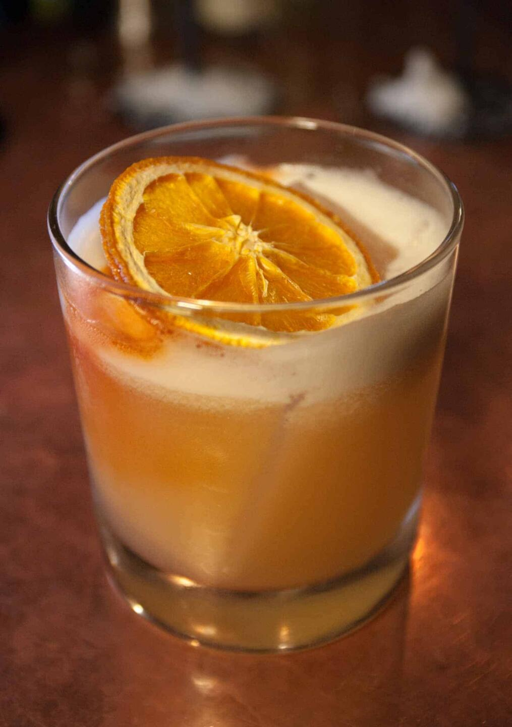 Grotesk Whiskey Sour