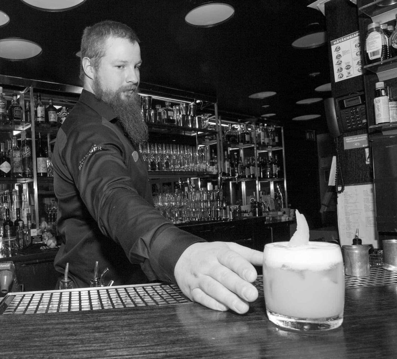 Torni American Bar Ville Kaukjarvi voittaja whiskey sour