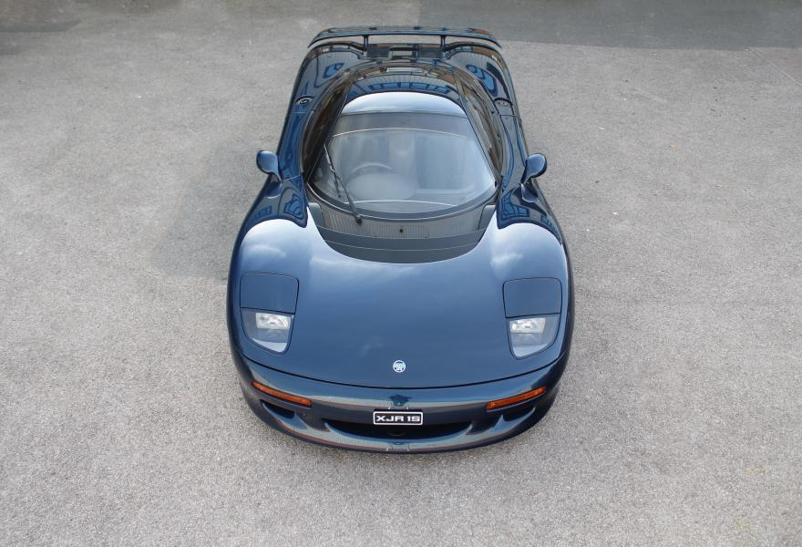 Harvinainen Jaguarin superauto putkahti myyntiin, XJR-15 ...