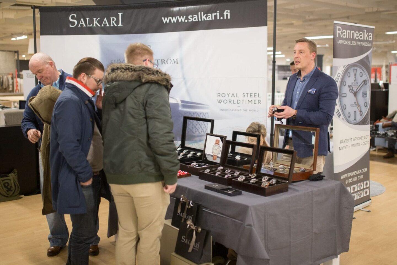 Salkari esittelee Aika tyylikkäässä Sjöö Sandströmin ja Sinn'in rannekelloja.