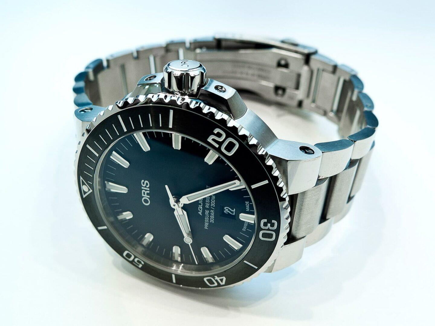 Oris Aquis, 43.50 mm, 1.713 inches, Stainless steel