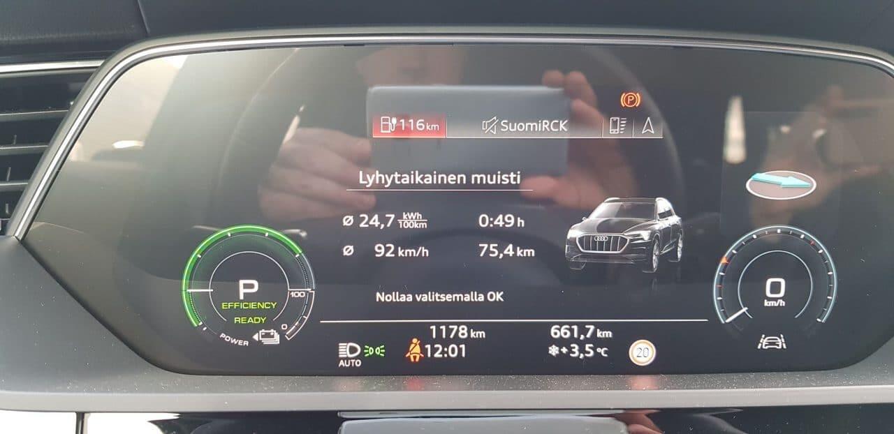 Jokamies Audi Etron koeajo - Loppupätkän kulutus