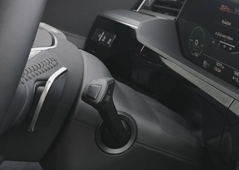 Jokamies Audi Etron koeajo - regen viikset
