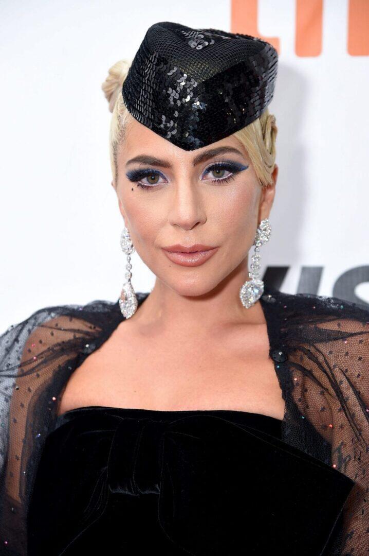 """Lady Gaga osallistui """"A Star Is Born"""" -elokuvan ensi-iltaan Toronton kansainvälisillä elokuvafestivaaleilla Roy Thomson Hallissa 9.9.2018. (Kuva: Michael Loccisano / Getty Images)"""
