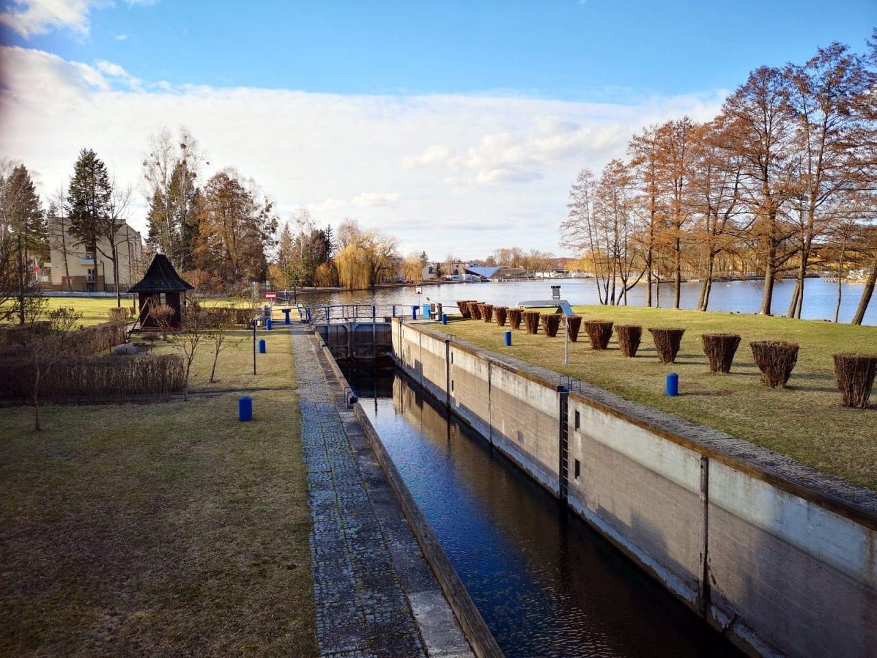 Jokamies-Itäblokki-Augustow-sulku