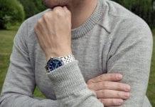 Alpakanvillainen ohut neulepusero on suomalaisen kesäsään luottovaate.