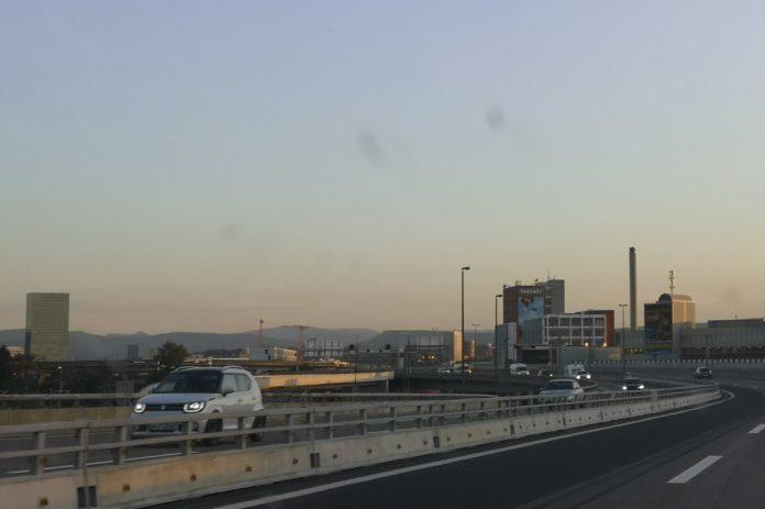 Jokamies - Teslalla Madridiin #4 - Basel