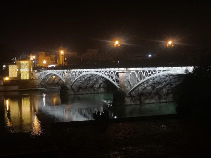 Jokamies - Costa Del Sol Autolla - Sevilla - Trianan silta