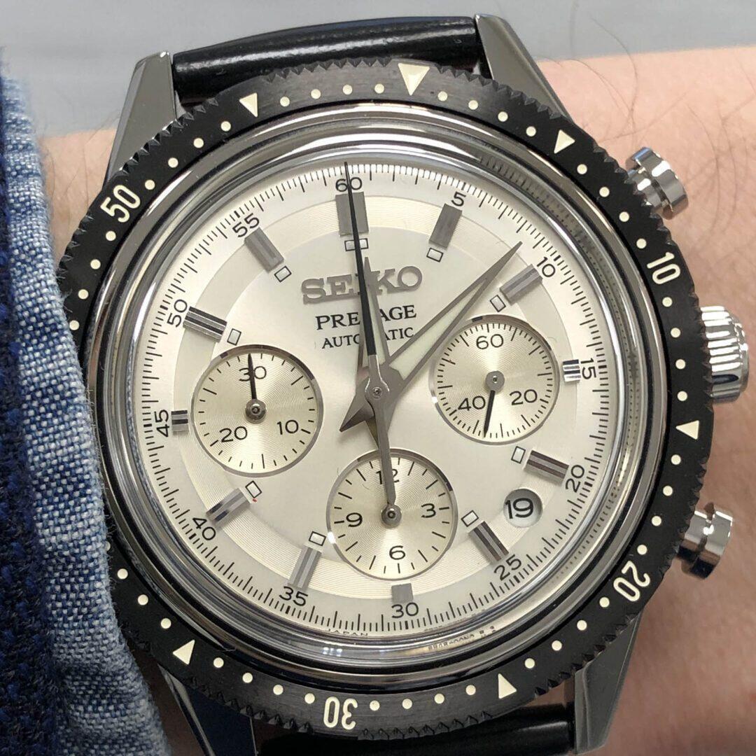 Seiko Elite Presage Automatic Chronograph 55th Anniversary Limited Editionin kellotaulussa on useita silmää miellyttäviä yksityiskohtia.