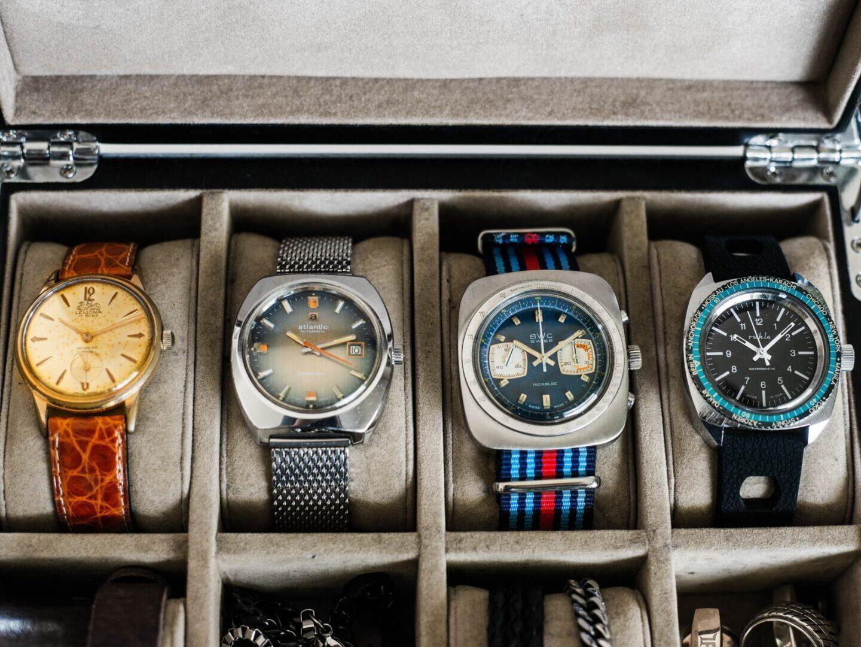 Kellokokoelma voi muodostua vintage-kelloista.