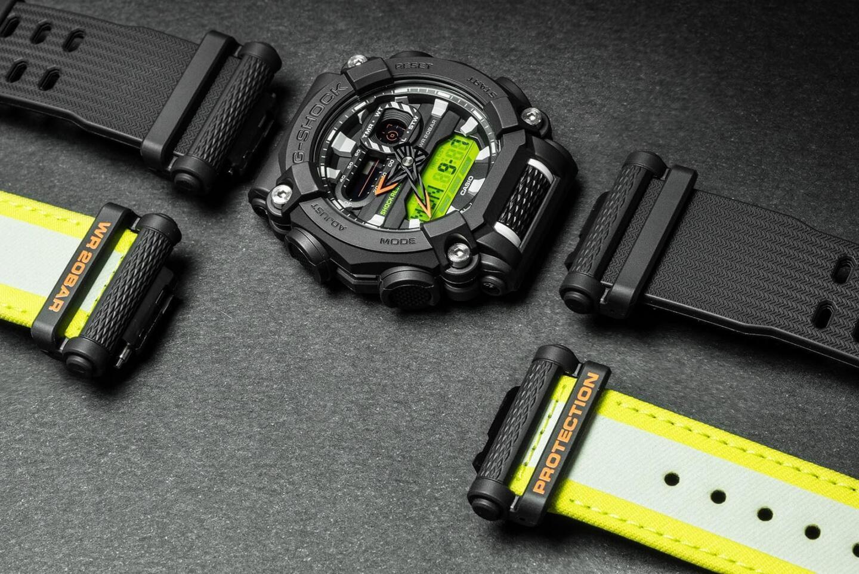 GA900:n rannekkeissa on näppärä pikakiinnitysmekanismi, joka tekee rannekkeiden vaihtamisesta nopeaa ja helppoa. Rannekkeenvaihdon käytettävyyttä on parannettu rannekkeen päissä olevan, pitoa lisäävän ruutukuvioinnin avulla.
