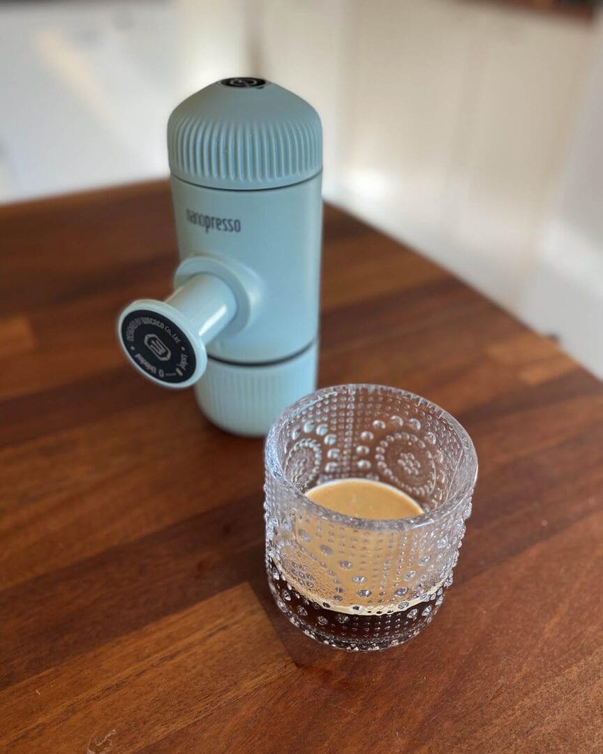 Wacaco Nanopresson espressossa on kaunis crema.